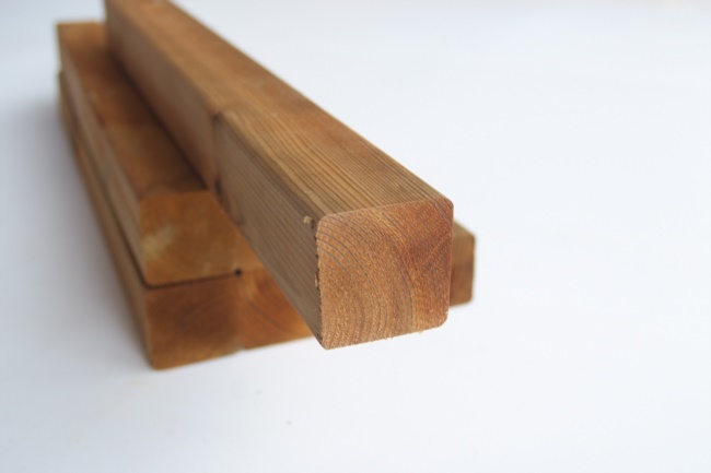 Morale legno trattato