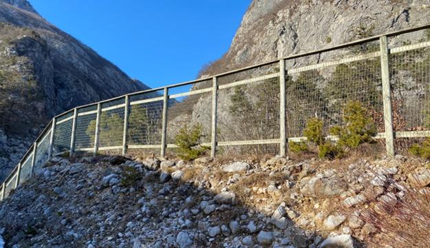 Barriere in legno proteggi fauna